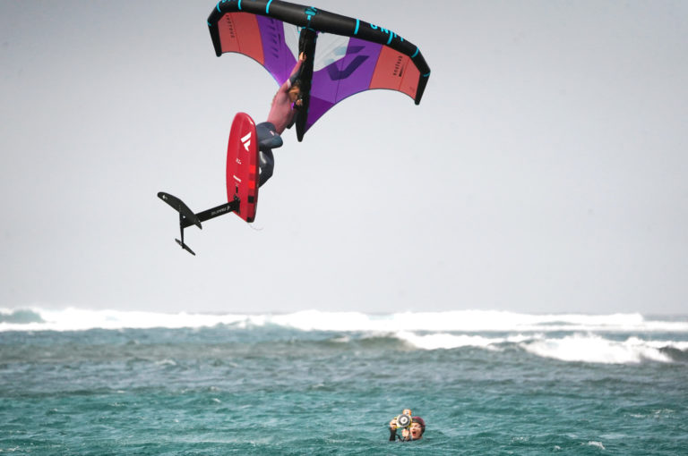 Image for When a kiteboarder becomes a wingfoiler